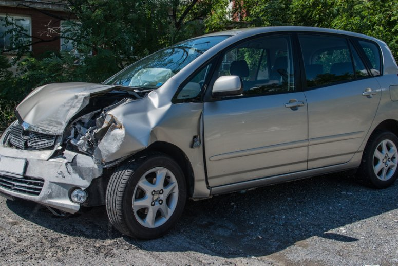 shutterstock 240408967 775x517 - Learn how you can earn extra money this winter with your scrap car