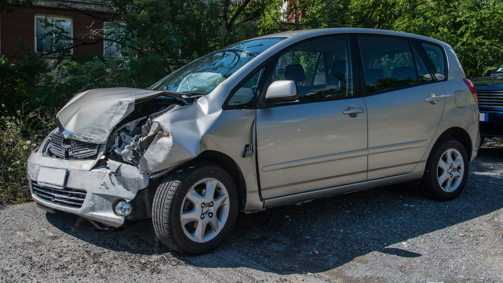 shutterstock 240408967 - Learn how you can earn extra money this winter with your scrap car